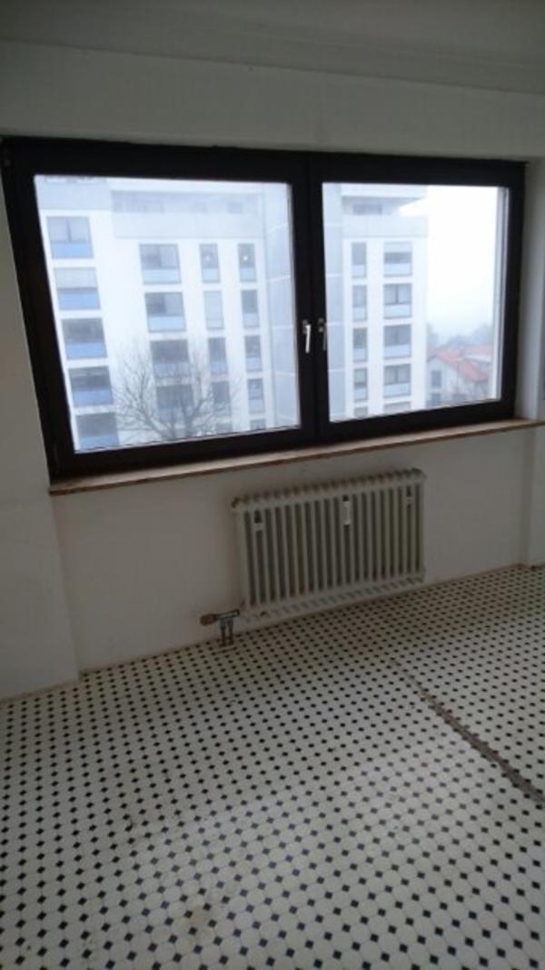 1 zimmer wohnung in ettlingen zu vermieten vermietung 1 zimmer wohnungen kaufen und verkaufen. Black Bedroom Furniture Sets. Home Design Ideas