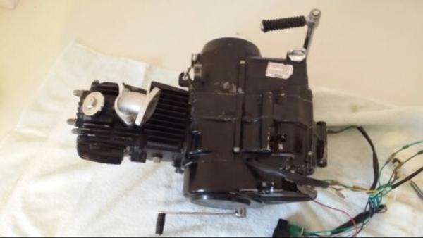 125ccm 4 takt loncin motor luftgek hlt in neunkirchen. Black Bedroom Furniture Sets. Home Design Ideas