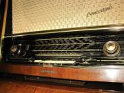 1956 Rundfunkempfänger/Plattenwechsler