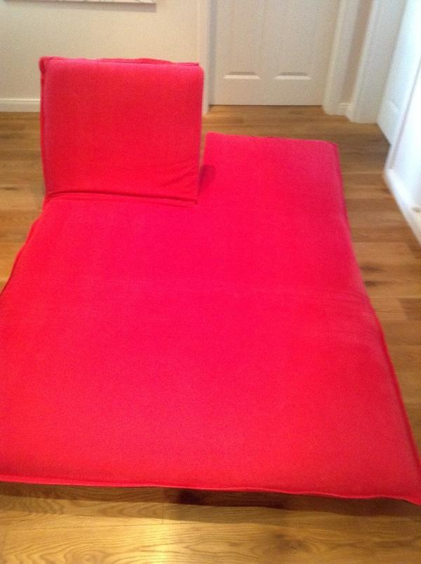 sofa mit schlaffunktion jugendzimmer. Black Bedroom Furniture Sets. Home Design Ideas