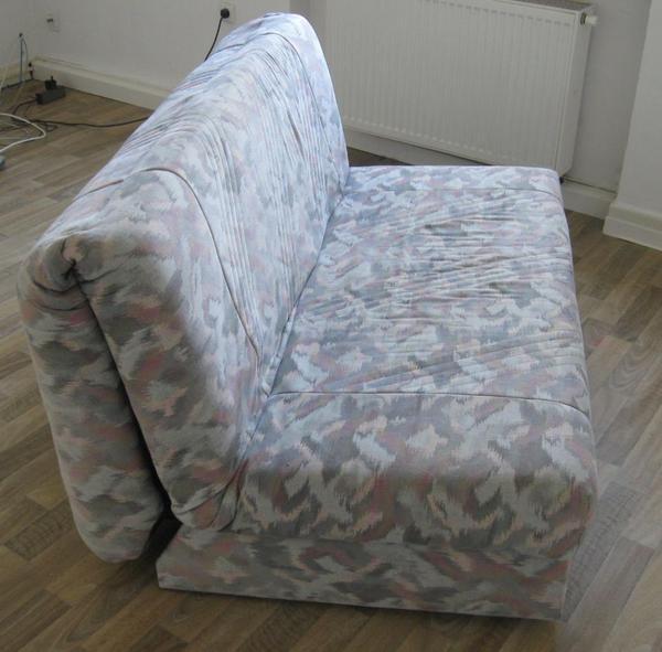 3 sitzer sofa schlafcouch ausziehbar ausklappbar in for Schlafcouch ausziehbar