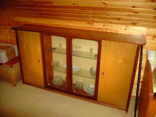 50 60er jahre wohnzimmer buffet schrank in hof wohnzimmerschr nke anbauw nde kaufen und. Black Bedroom Furniture Sets. Home Design Ideas