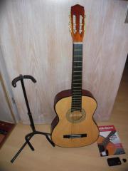 Akustik-Gitarre inklusive