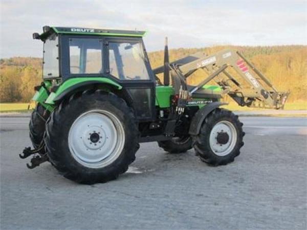 allrad traktor schlepper 7807 mit frontlader in. Black Bedroom Furniture Sets. Home Design Ideas