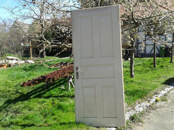 alte holzt r in neustetten t ren zargen tore alarmanlagen kaufen und verkaufen ber private. Black Bedroom Furniture Sets. Home Design Ideas