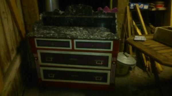 alte kommode in dornbirn alles m gliche kaufen und verkaufen ber private kleinanzeigen. Black Bedroom Furniture Sets. Home Design Ideas