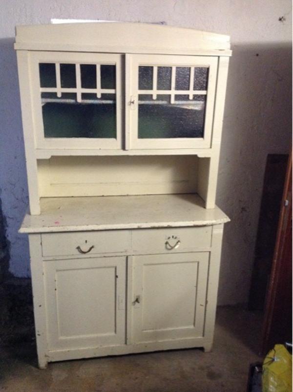 alter k chenschrank in obernheim stilm bel bauernm bel kaufen und verkaufen ber private. Black Bedroom Furniture Sets. Home Design Ideas