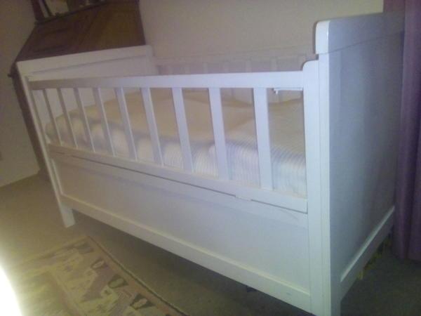 antik kinderbett neu und gebraucht kaufen bei. Black Bedroom Furniture Sets. Home Design Ideas