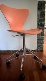 Arne Jacobsen Bürostuhl
