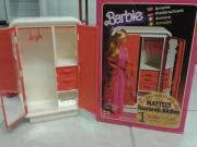 Barbie Schrank 1975 -