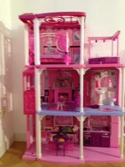 Barbievilla