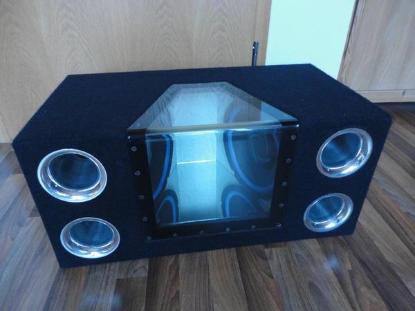 bass box mit plexiglas und spiegel in wartenberg auto. Black Bedroom Furniture Sets. Home Design Ideas
