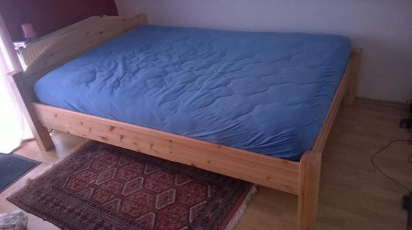 bett 39 jakob 39 140x200 mit hochwertiger matratze und. Black Bedroom Furniture Sets. Home Design Ideas