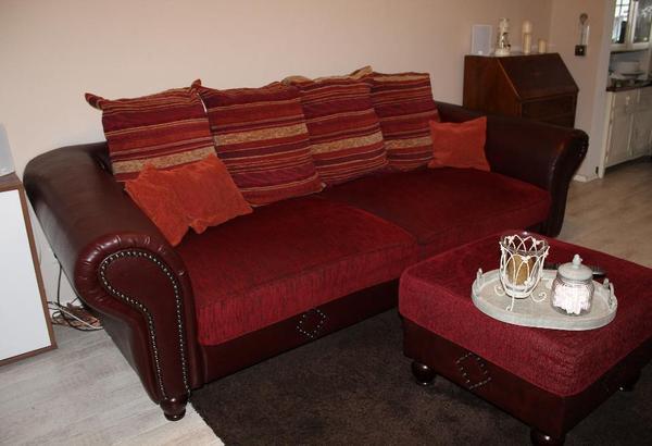big sofa couch kolonialstil mit hocker und sessel in rheinstetten polster sessel couch. Black Bedroom Furniture Sets. Home Design Ideas