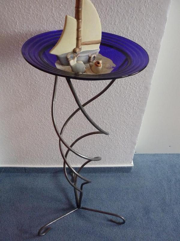 herbstkranz oder gesteck mit weihnachtskugeln oder ostereiern oder einfach nur so. Black Bedroom Furniture Sets. Home Design Ideas