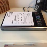 Bluray Disc Recorder von Panasonic zu verkaufen Bluray Disc Recorder Modell: DMR-BS 750 mit 250 GB Festplatte, einem Twin DVB-S2 Tuner, zwei CI ... 135,- D-67227Frankenthal Heute, 19:30 Uhr, Frankenthal - Bluray Disc Recorder von Panasonic zu verkaufen Bluray Disc Recorder Modell: DMR-BS 750 mit 250 GB Festplatte, einem Twin DVB-S2 Tuner, zwei CI