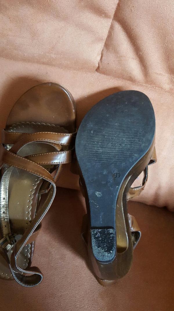 sandaletten gr 39 braun kaufen gebraucht und g nstig. Black Bedroom Furniture Sets. Home Design Ideas