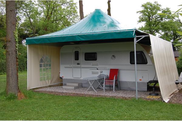 carport wohnwagen wohnmobil vorzelt winterplatz 3x3m ohne seitenw nde in neuenburg sonstiges. Black Bedroom Furniture Sets. Home Design Ideas