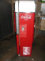 Coca Cola Getränkeautomat