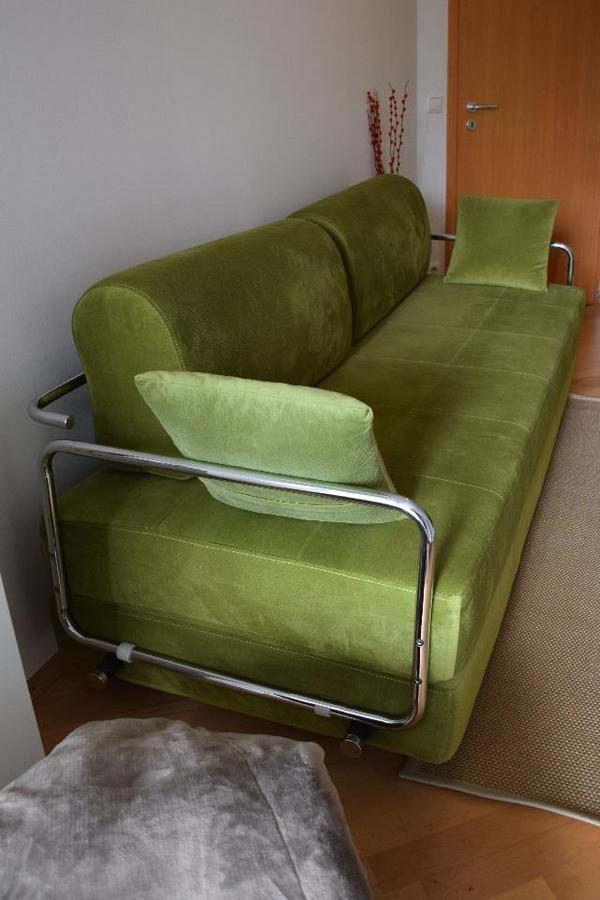 designer g stebett mit couchfunktion in m nchen polster sessel couch kaufen und verkaufen. Black Bedroom Furniture Sets. Home Design Ideas