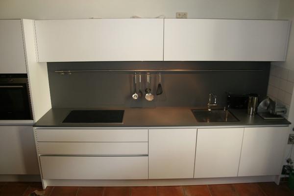 designer k che eggersmann in potsdam k chenzeilen anbauk chen kaufen und verkaufen ber. Black Bedroom Furniture Sets. Home Design Ideas