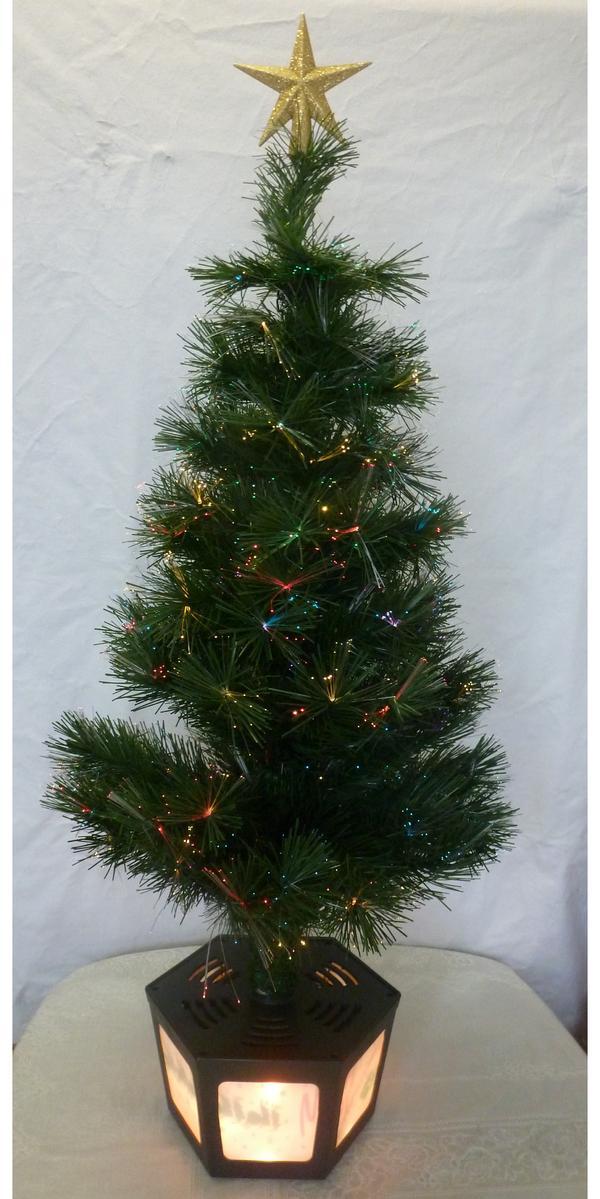 drehbarer weihnachtsbaum mit beleuchtung wie neu in. Black Bedroom Furniture Sets. Home Design Ideas