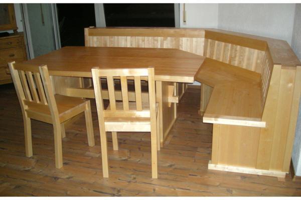 eckbank und tisch mit st hlen ma gefertigt vollmassiv mit truhen in amberg speisezimmer. Black Bedroom Furniture Sets. Home Design Ideas