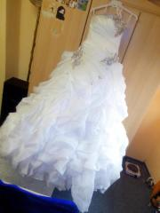 Ein Hochzeitskleid für