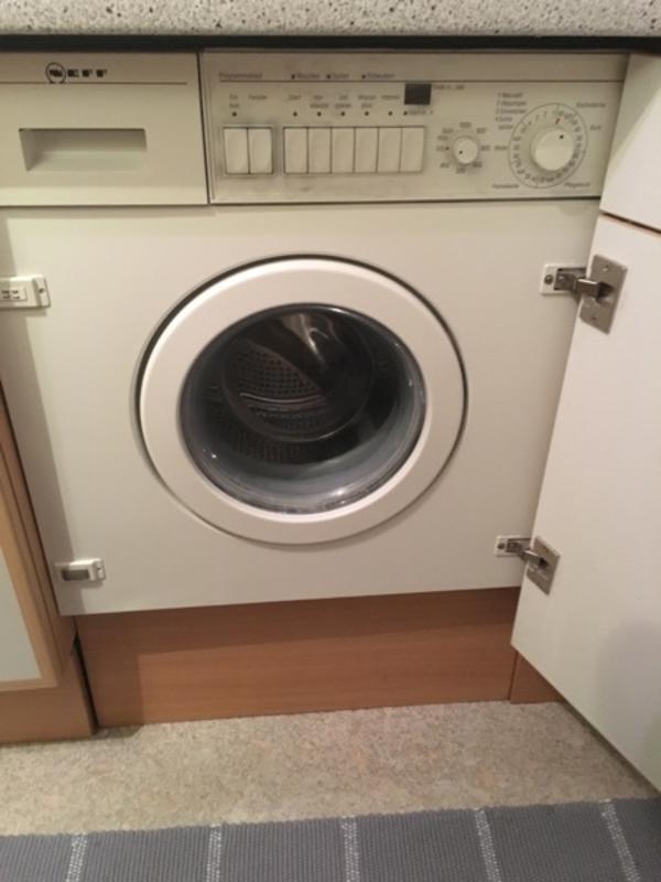 einbauwaschmaschine der marke neff in unterf hring. Black Bedroom Furniture Sets. Home Design Ideas