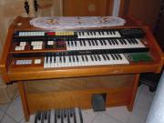 Elektronische Orgel