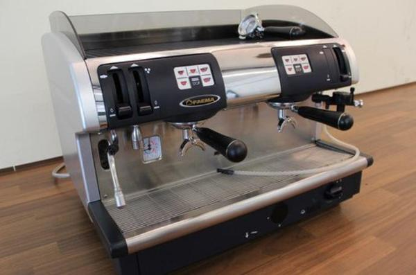 faema due smart a kaffee und espressomaschine in berlin. Black Bedroom Furniture Sets. Home Design Ideas