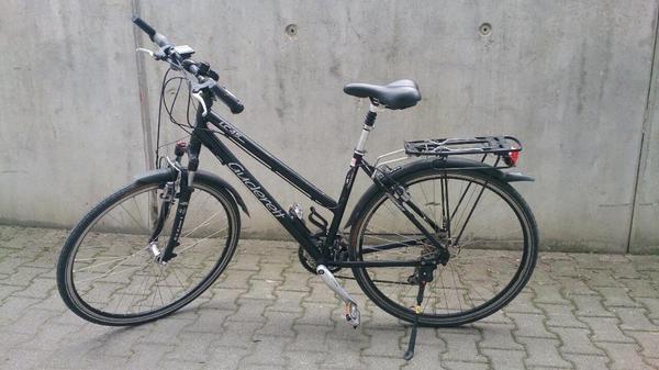 fahrrad damen 28 zoll in stuttgart sonstige fahrr der kaufen und verkaufen ber private. Black Bedroom Furniture Sets. Home Design Ideas