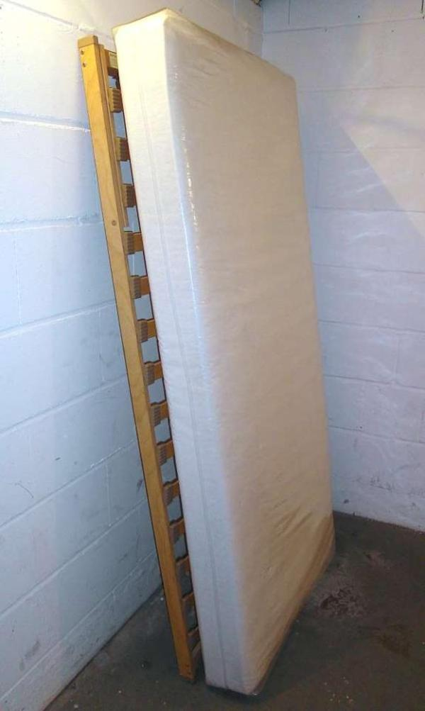 lattenrost matratze neu und gebraucht kaufen bei. Black Bedroom Furniture Sets. Home Design Ideas