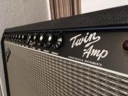 Fender Twin Amp Gitarrenverstärker, wie neu Biete einen Fender Twin Amp mit Flight Case auf stabilen Rollen an. Als Zubehör ist ein Fußtreter, ein Manual und ein Schaltplan mit dabei. Der Amp ... 1.250,- D-90571Schwaig Behringersdorf Heute, 17:01 Uhr, Sch - Fender Twin Amp Gitarrenverstärker, wie neu Biete einen Fender Twin Amp mit Flight Case auf stabilen Rollen an. Als Zubehör ist ein Fußtreter, ein Manual und ein Schaltplan mit dabei. Der Amp