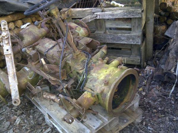 fendt farmer 2 getriebeblock mit achsen und hydraulik. Black Bedroom Furniture Sets. Home Design Ideas