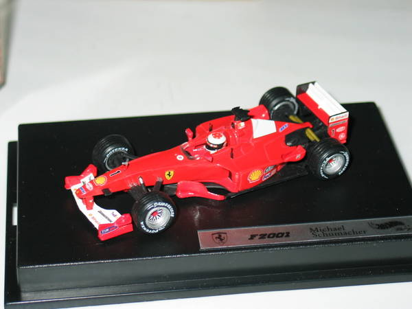 Ferrari F2001 M. &raquo; Modellautos