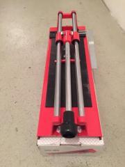 Fliesenschneider & Akku Bohrmaschine