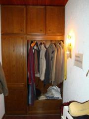 Flurschrank, Garderobenschrank, mehrteilig,