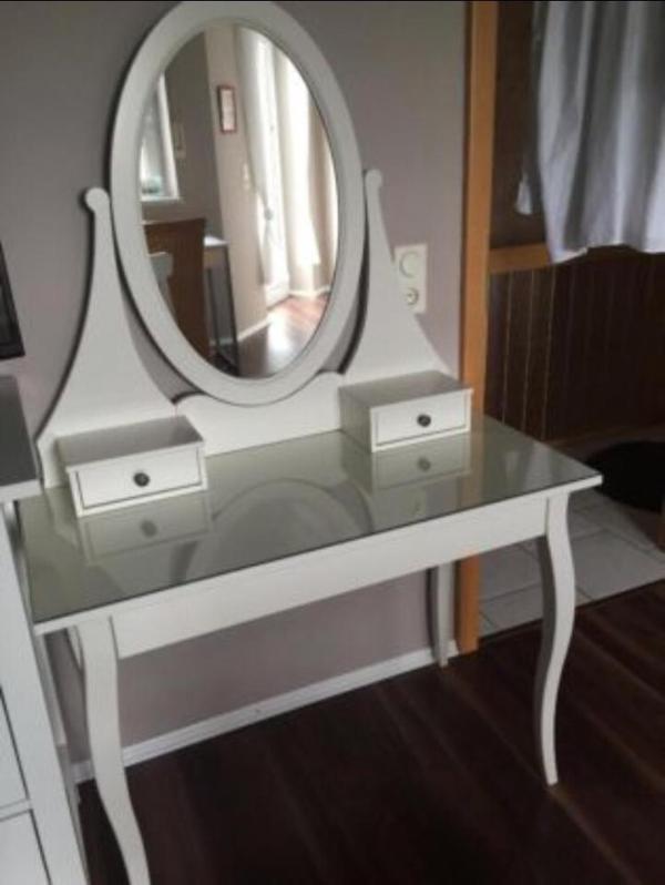 Glass Front Cabinet Doors Ikea ~ Verkaufe einen weißen Frisiertisch mit Spiegel bzw Schminktisch fast