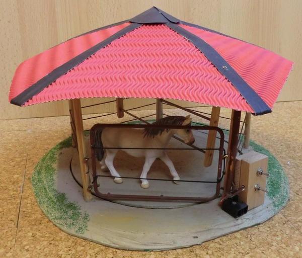 f hranlage f r schleich pferde in berlin sonstiges kinderspielzeug kaufen und verkaufen ber. Black Bedroom Furniture Sets. Home Design Ideas