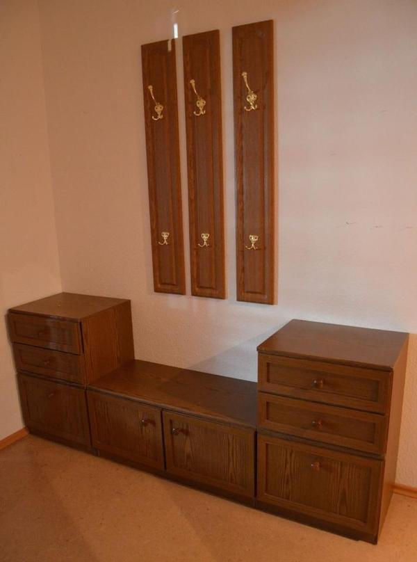 garderobe spiegel kleinanzeigen familie haus garten. Black Bedroom Furniture Sets. Home Design Ideas