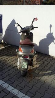 Gebrauchter Roller zu
