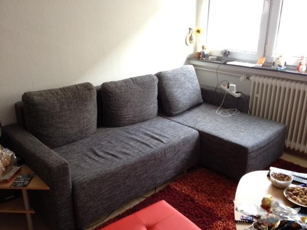 ikea sofa knapp 4 jahre alt mit r cami re und. Black Bedroom Furniture Sets. Home Design Ideas