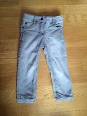 gefütterte Jeans grau