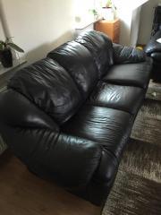 Gepflegte Couchgarnitur 2+