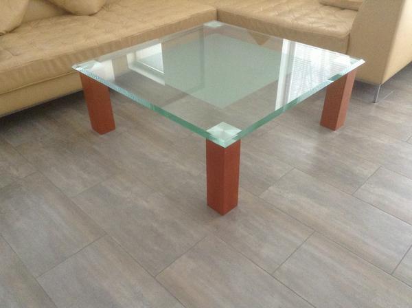 gro er designer couchtisch glas 110 x110 x 40 mit facette. Black Bedroom Furniture Sets. Home Design Ideas