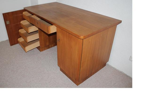 gro er schreibtisch in landau b rom bel kaufen und. Black Bedroom Furniture Sets. Home Design Ideas
