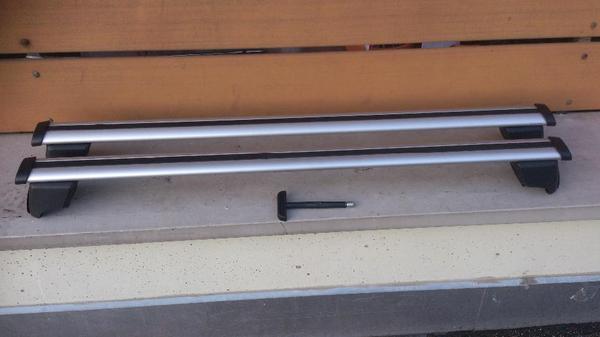 grundtr ger dachtr ger q5 r8 8r0071151f q5 bj 2009 2012. Black Bedroom Furniture Sets. Home Design Ideas