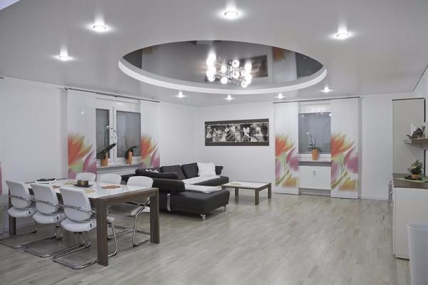 g nstige spanndecke mit montage und led licht in ihrer. Black Bedroom Furniture Sets. Home Design Ideas