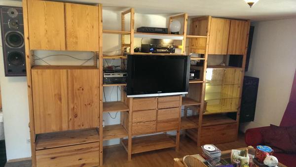 gut erhaltene ivar schrankwand in bergisch gladbach wohnzimmerschr nke anbauw nde kaufen und. Black Bedroom Furniture Sets. Home Design Ideas